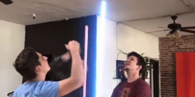 frikis espadas láser